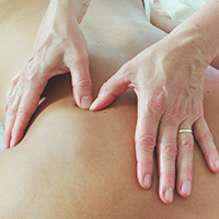 massageuddannelse massage siden